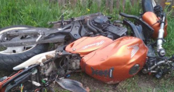 Розбитий мотоцикл. Фото ілюстративне