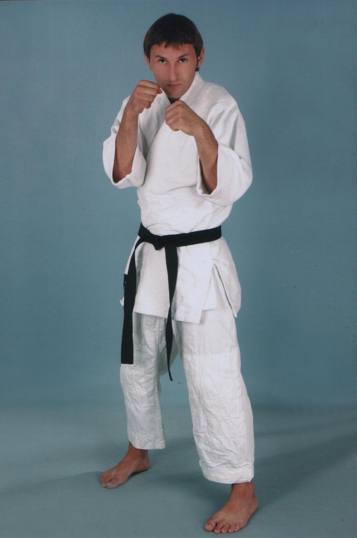 Юрій Халейко – володар чорного пояса з карате