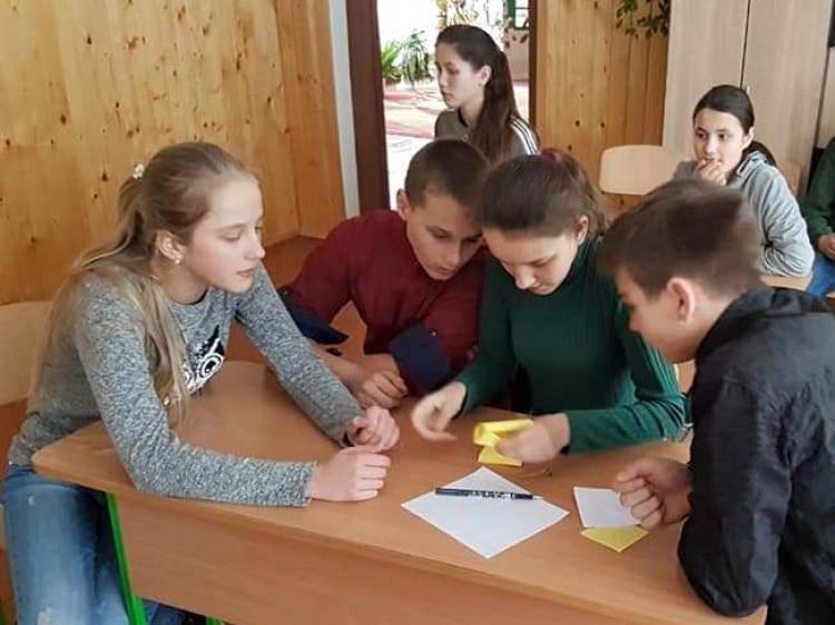 Тиждень математики у гімназії села В'язівне