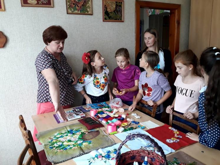 У Любешівському будинку дитячої та юнацької творчості