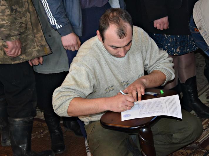 У Великому Курені збирають підписи, щоб залишитися в Московському патріархаті