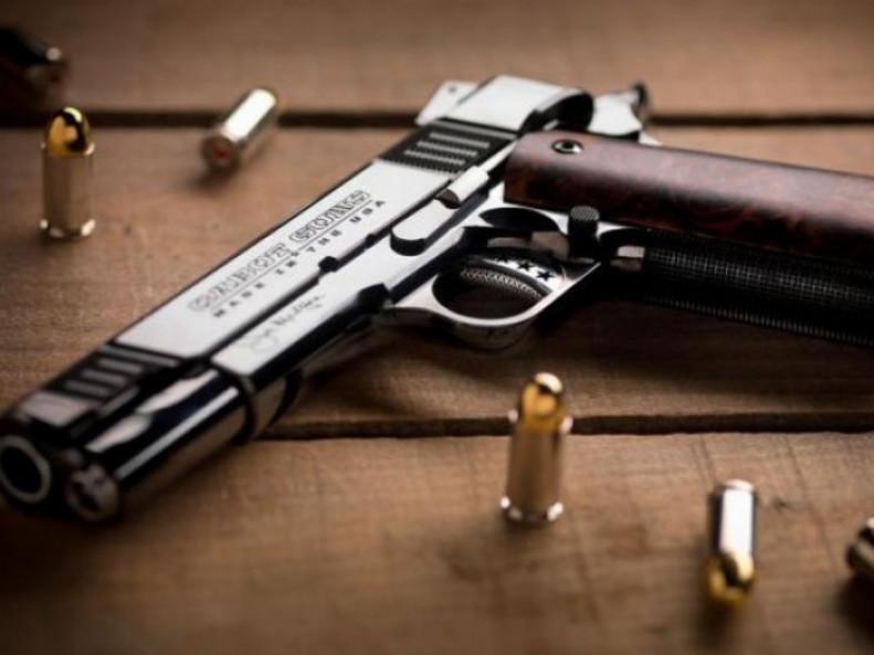 Жителів Любешівщини закликають здати незареєстровану зброю