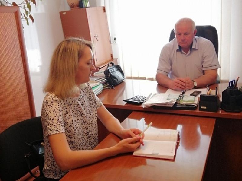 Очільники любешівських центрів зайнятості та територіального Ольга Ковальчук і Микола Демих