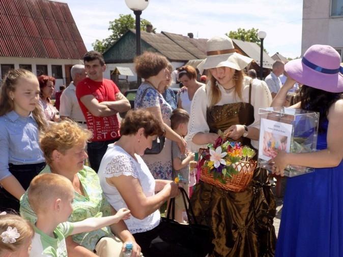 У Любешеві збирають кошти  на лікування онкохворих  дітей