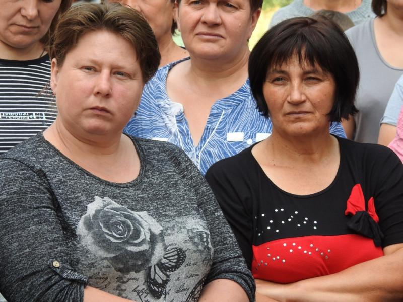 У селі на Любешівщині підтримку від нардепа отримали і школа, і клуб