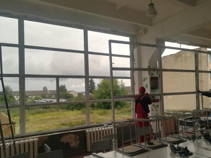 У технічному коледжі міняють вікна