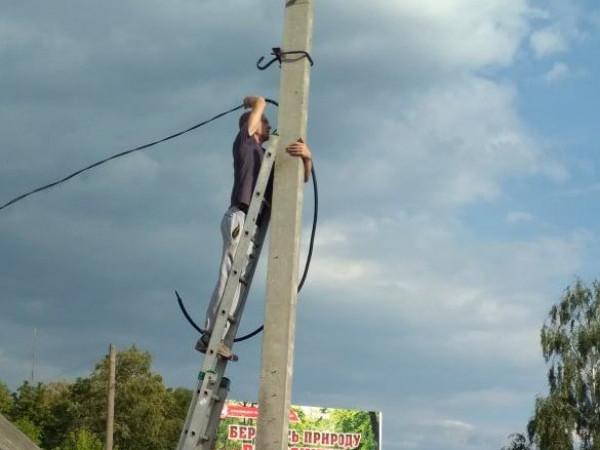 На вулицях Любешева встановлюють камери відеоспостереження