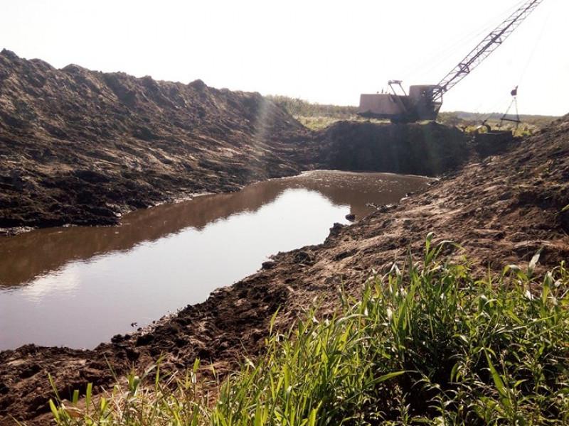 Розчищення каналу поліпшить водообмін в озері