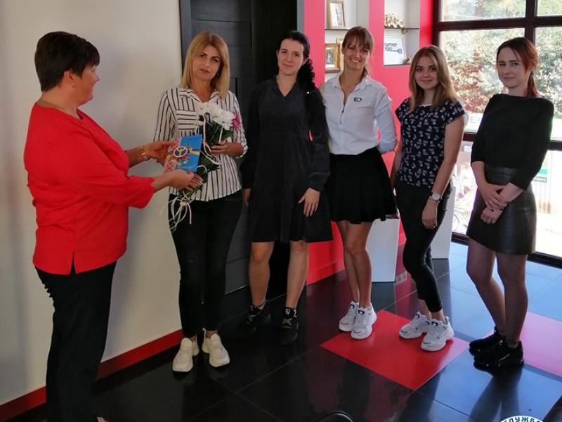Любешівських перукарок вітає районна служба зайнятості