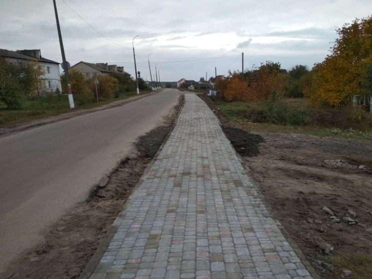 Тротуар на Брестській