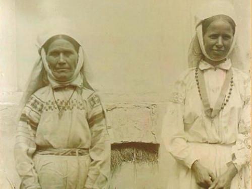 Мешканки Березної Волі в 1912 році