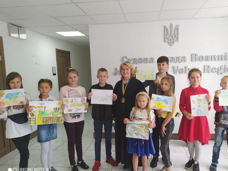 Учасники конкурсу з головою Любешівського районного суду Наталією Гладич
