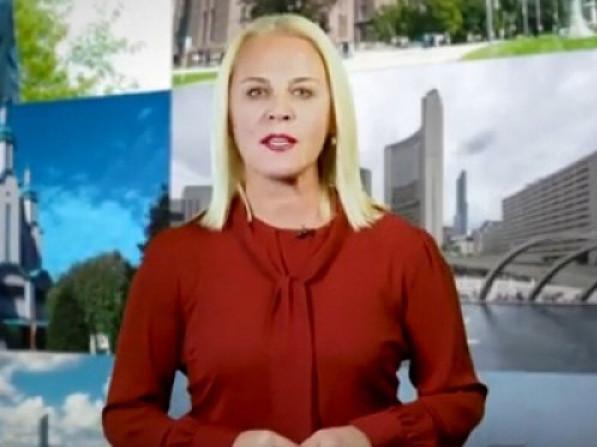 ЛарисаБаюс,ведуча україномовного телеканалу Forum TV