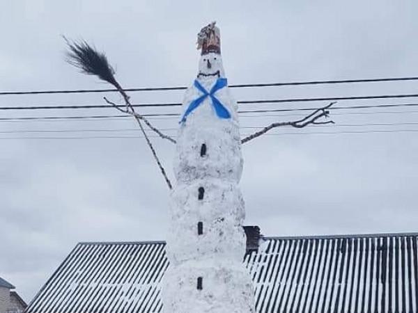 Снігова баба в Гірках