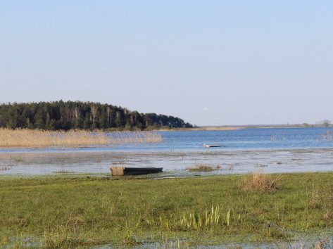 Озеро Люб'язь