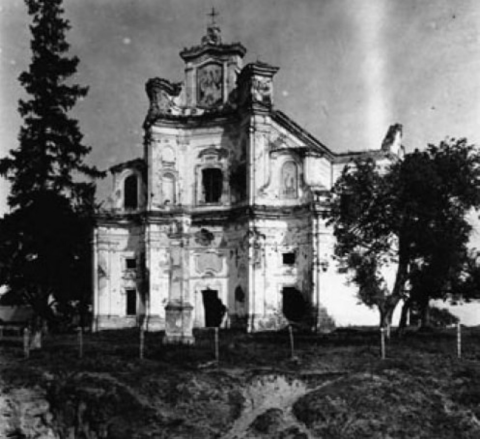 Чорторийськ. Домініканський костел.