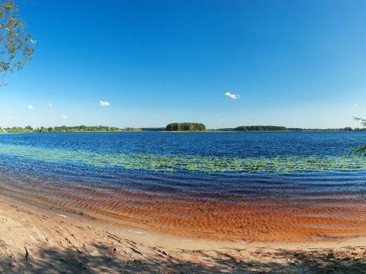 Озеро Нобель, яке знаходиться на кордоні з Республікою Білорусь