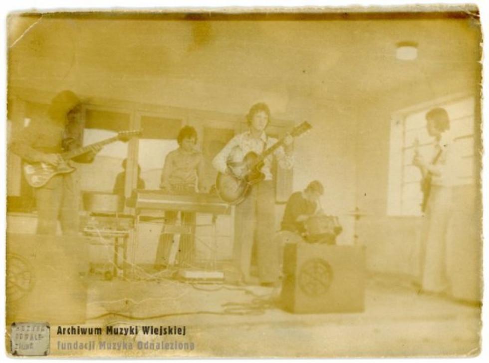 Сільський ансамбль, 1970-ті роки