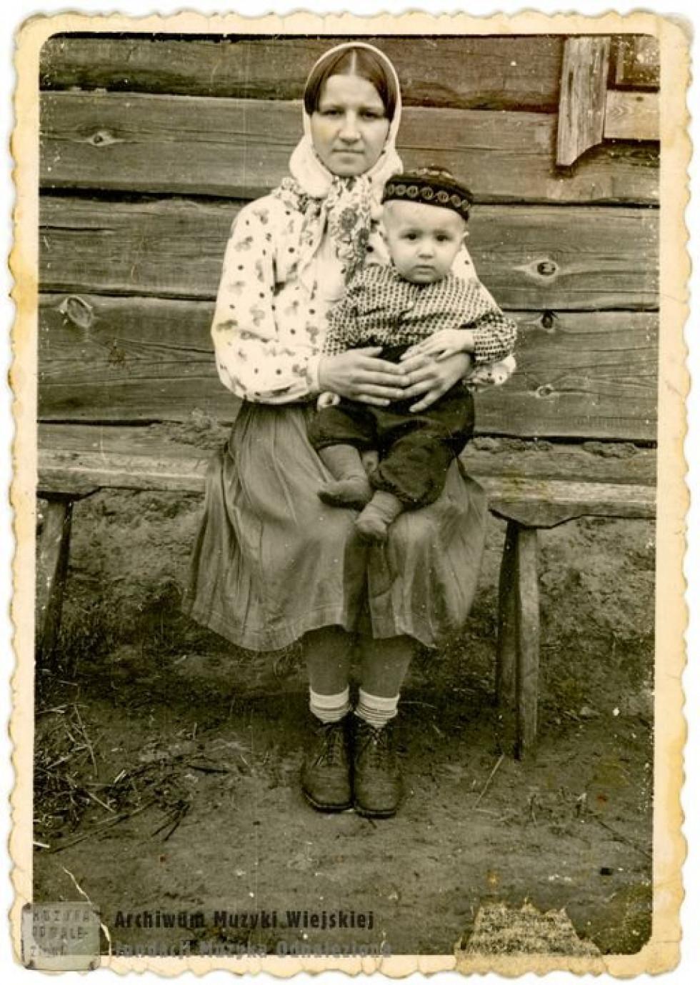 Матір з сином, 1960-ті роки