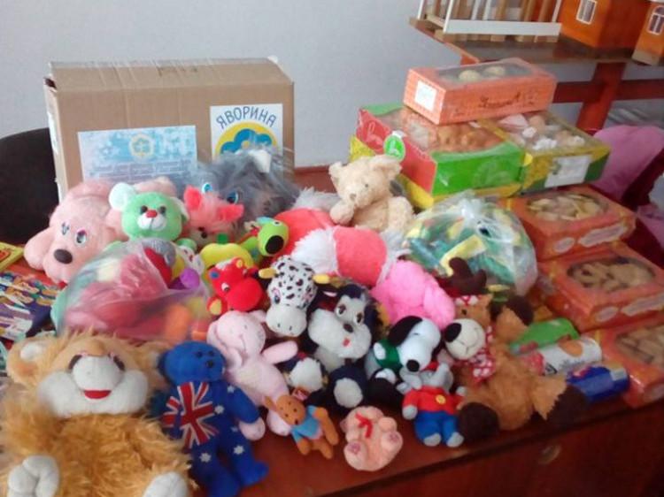 Такі іграшки поїдуть у сиротинці Любешівщини