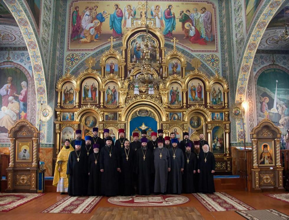 Священики Любешівського благочиння