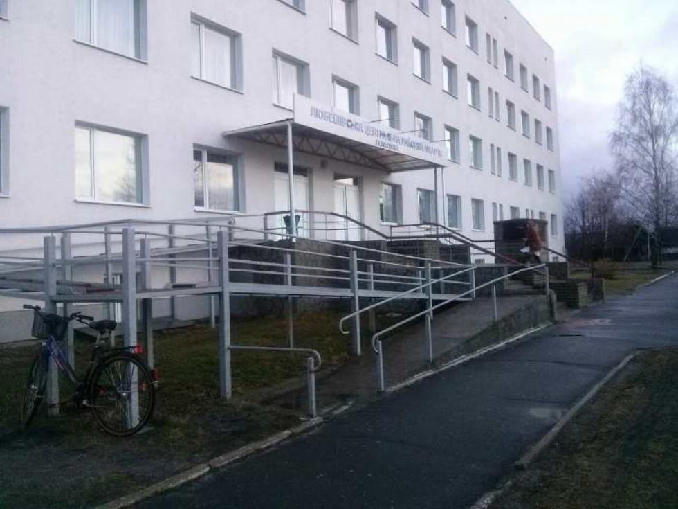 Любешівська ЦРЛ (будівля поліклініки)