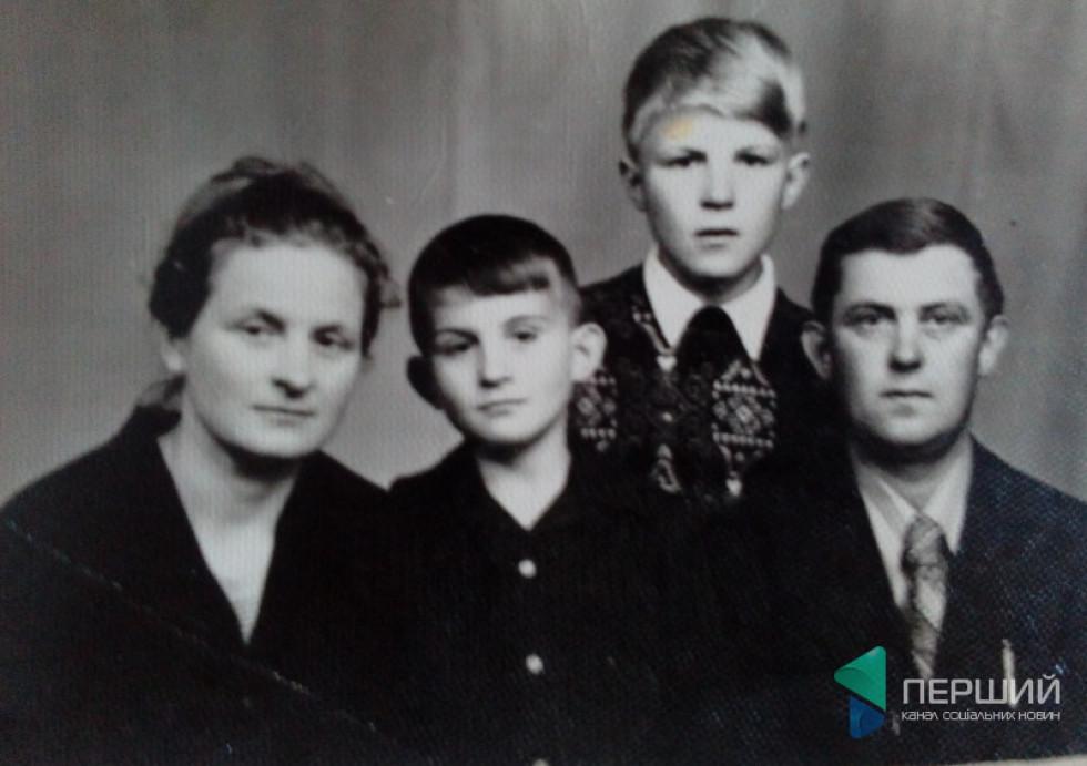 Сім'я Бєлокурових