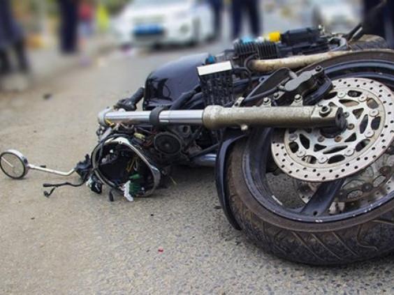 Мотоцикл злетів у кювет, фото ілюстративне