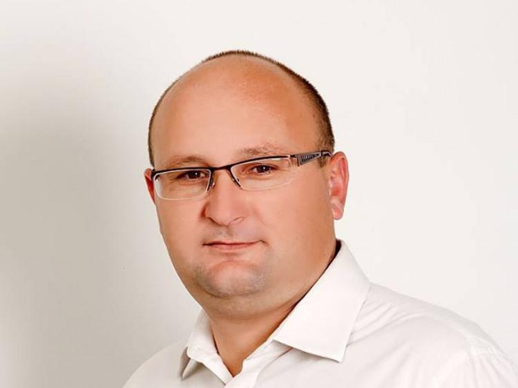 Олег Кух