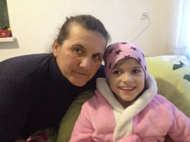 Віка з мамою