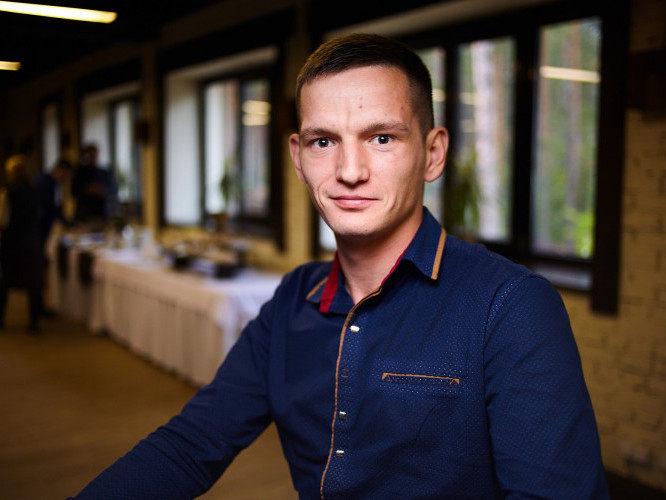 Перший параюрист району Едуард Гречко