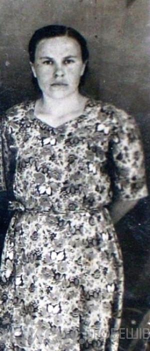 Марія Кобак у юності
