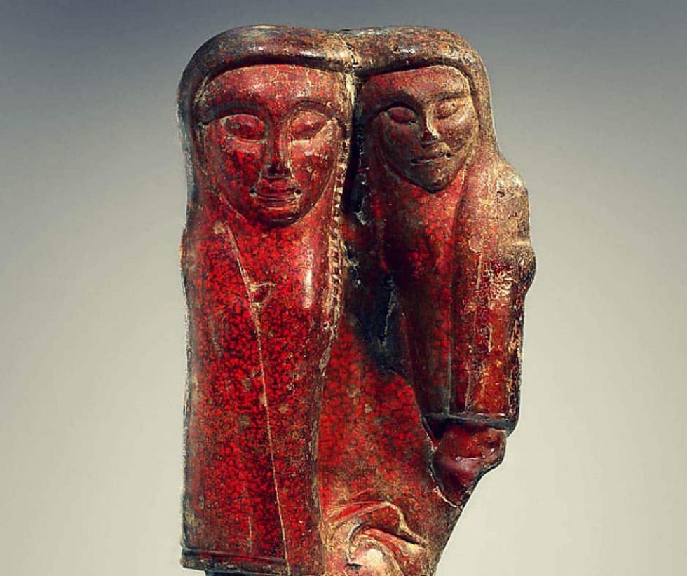 Жінка, яка тримає дитину з птахом (Куротрофос – богиня, що захищала молодих людей). Етруски, 600-550 рр. до н.е. Музей Пола Ґетті, Лос-Анджелес, США