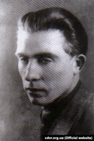 Сергій Качинський – організатор і командир сотні УПА (жовтень 1942 року) в Дивинському лісі на Берестейщині, що входила до бойової структури УПА-Північ